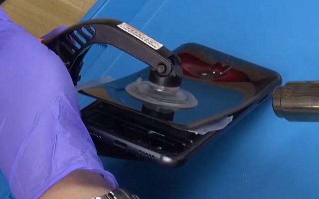 魅族X8拆解视频 5分钟看懂魅族X8内部做工如何